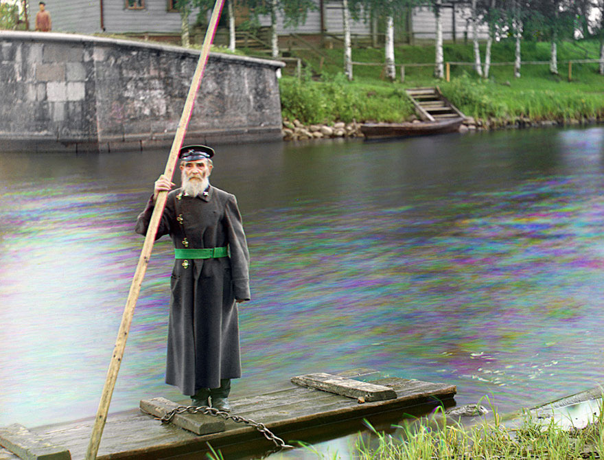 colored-vintage-photos-russia-32