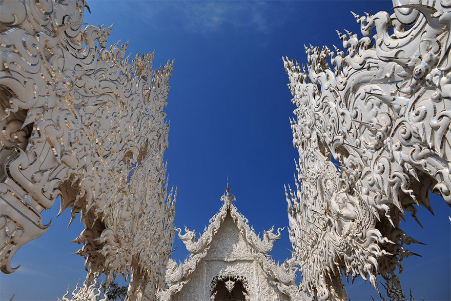 white-temple-thailand-13