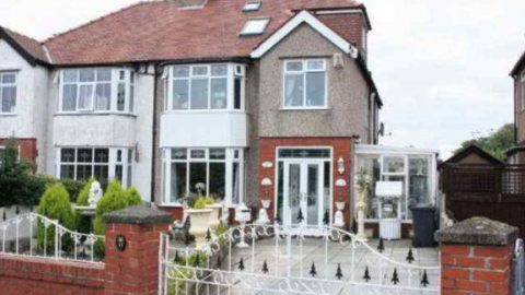 This House Just Won't Sell. Take A Look And See For Yourself Why Nobody Wants To Buy