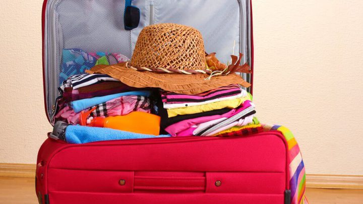 25 'MUST KNOW' Tips On How To Pack Your Luggage For Your Summer Holidays