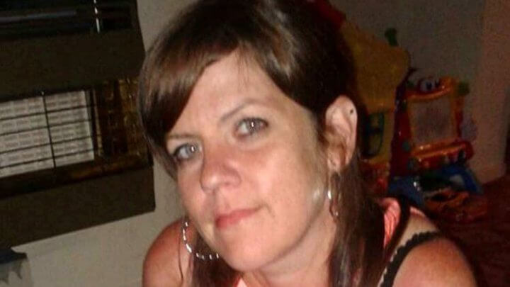 Mom Of Four Dies Cold & Alone In Flat After Missing Universal Credits Meeting