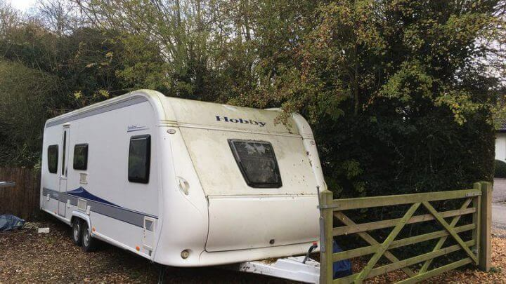 Stolen Caravan Recovered From Gyspy Camp By Woman After Police Were 'Too Afraid' To Help
