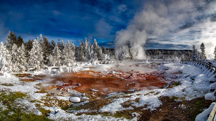 Supervolcano high risk threat, is it going to blow?